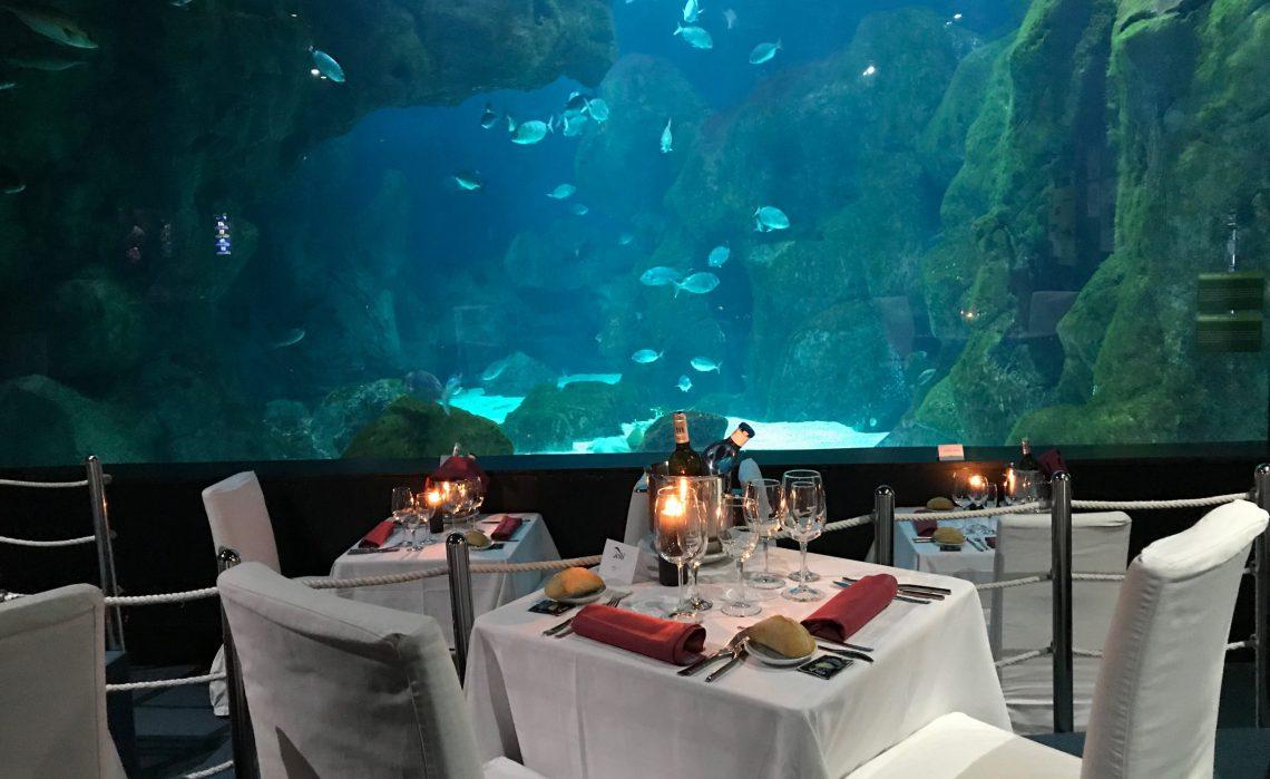 cena-bajo-el-mar